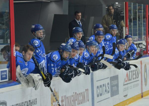 Хоккеисты нижнекамского Реактора