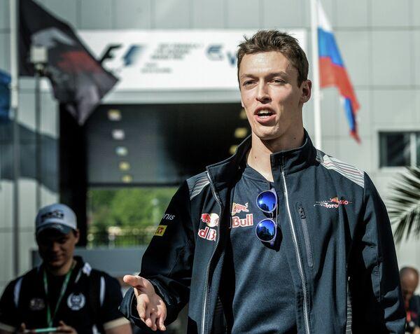 Гонщик команды Торо Россо Даниил Квят