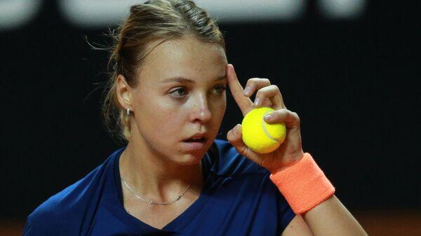 Анетт Контавейт стала первой финалисткой теннисного турнира в Палермо