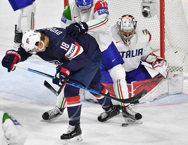 Игровой момент матча США - Италия