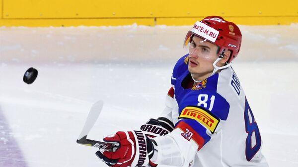 Защитник сборной России Дмитрий Орлов