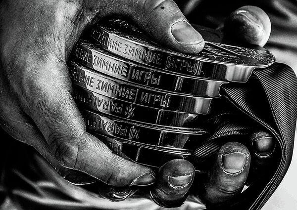 Медали Романа Петушкова