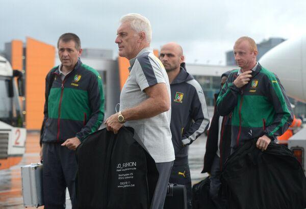Главный тренер сборной Камеруна по футболу Уго Броос