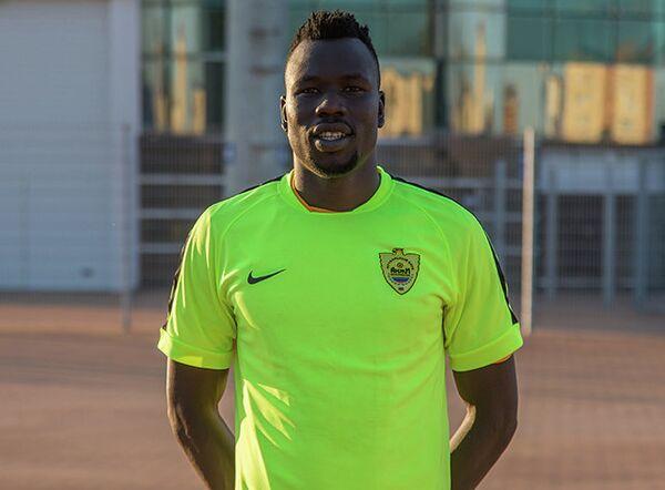 Полузащитник сборной Эфиопии по футболу Гаточ Паном