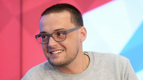 Российский рэп-исполнитель, основатель бренда одежды Lugang Алексей Долматов