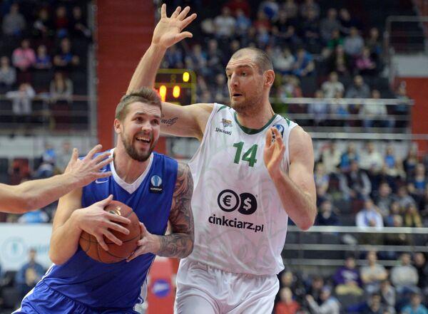 Артем Комиссаров (слева) и Влад Молдовану