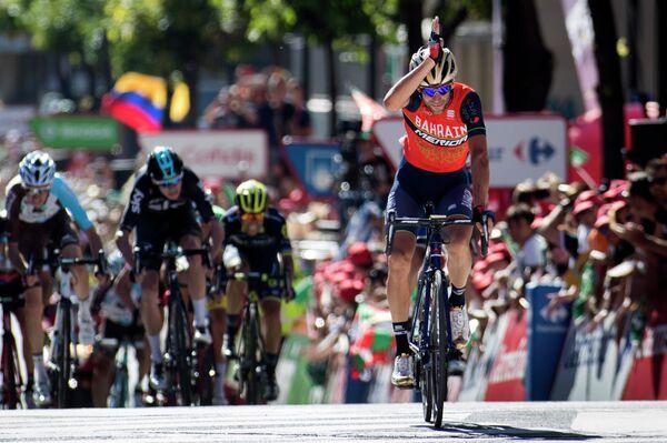 Итальянский велогонщик Винченцо Нибали из команды Bahrain Merida