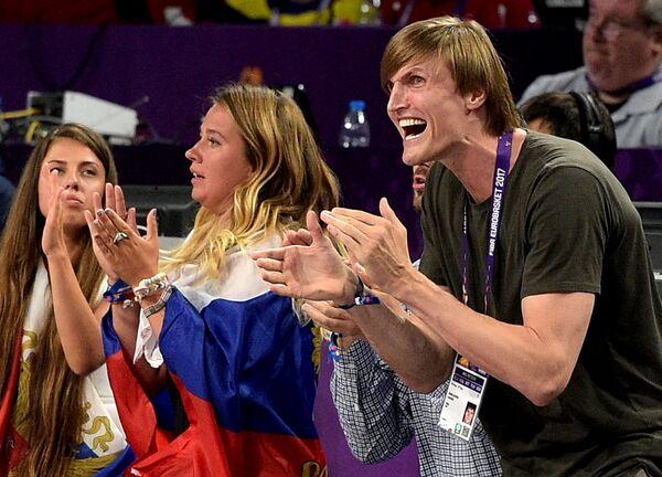 Президент РФБ Андрей Кириленко (справа)