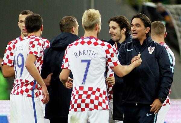 Главный тренер сборной Хорватии Златко Далич (справа)