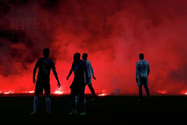 Футболисты на поле во время матча заключительного тура отборочного турнира чемпионата мира-2018 между сборными Эстонии и Боснии и Герцеговины