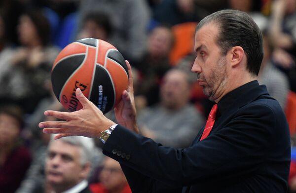 Главный тренер Милана Симоне Пьяниджани