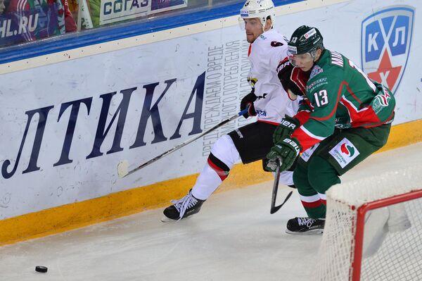 Илья Давыдов (слева) и Артём Михеев
