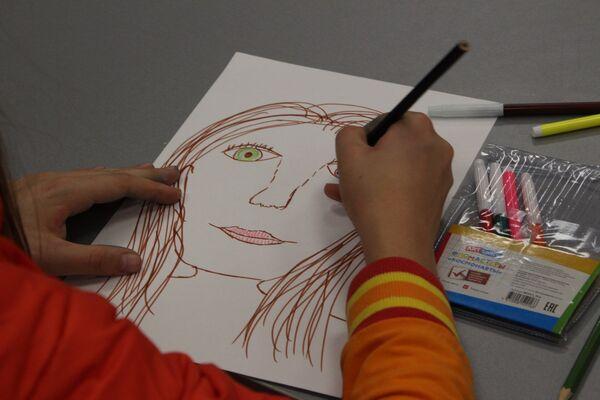 На занятии в студии Рисунок