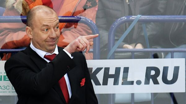 Главный тренер ХК Авангард Андрей Скабелка