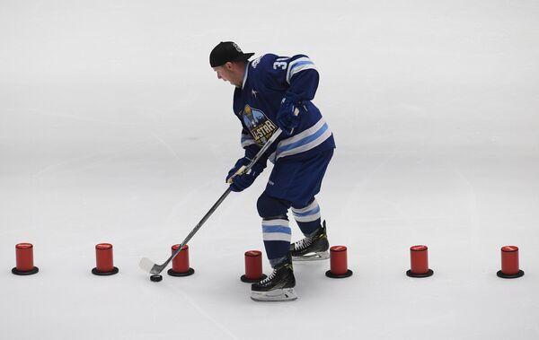 Участник конкурса Хоккейный биатлон Кевин Даллмэн (Барыс)
