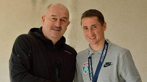 Станислав Черчесов и Владимир Быстров (справа)
