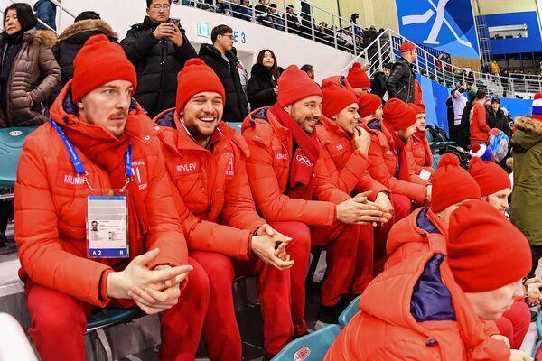 Российские хоккеисты Сергей Калинин, Егор Яковлев и Илья Ковальчук (слева направо)