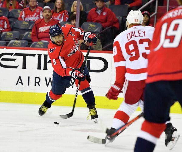Нападающий клуба НХЛ Вашингтон Кэпиталз Александр Овечкин
