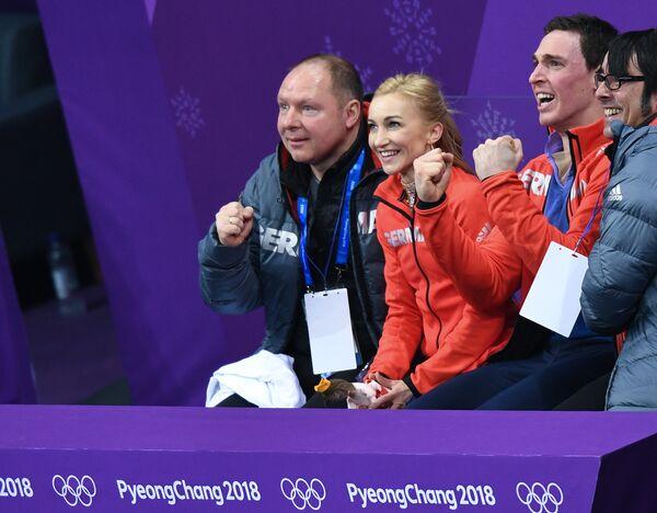 Александер Кениг, Алена Савченко и Брюно Массо (слева направо)