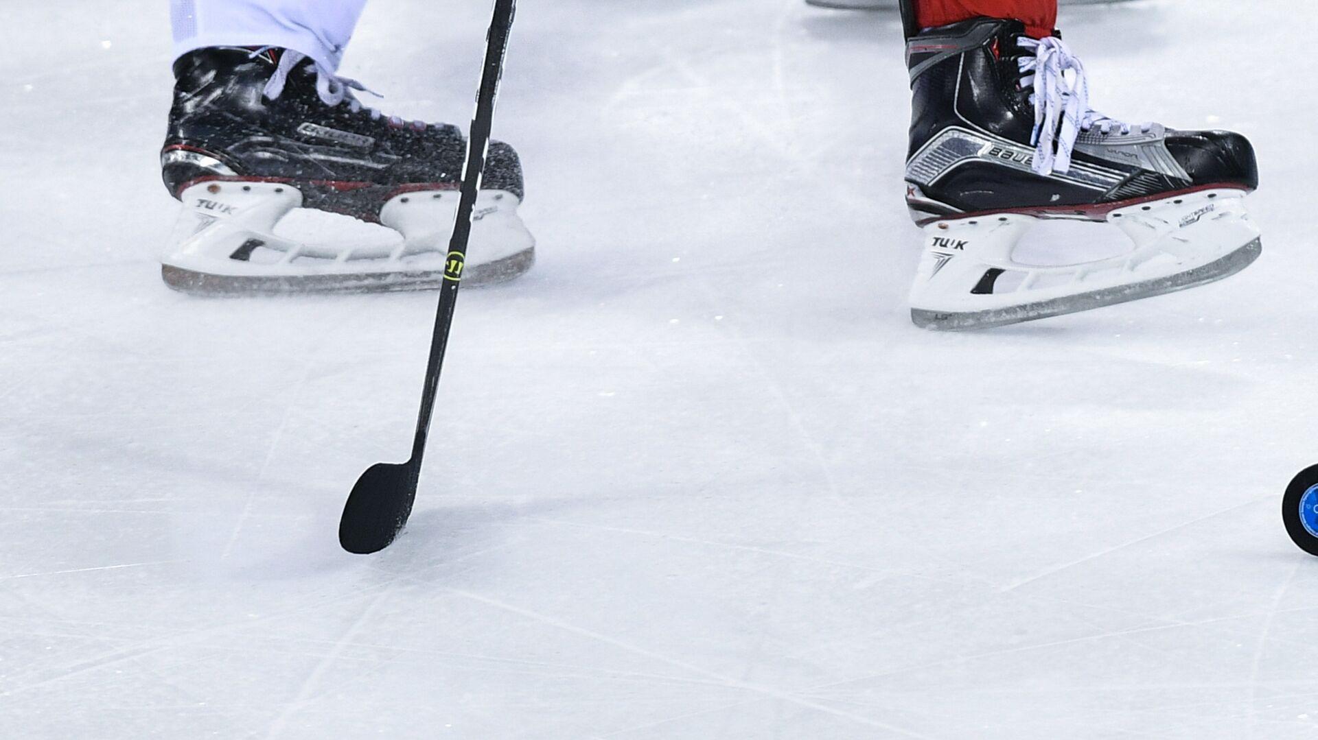 Игровой момент хоккейного матча на олимпийском турнире в Пхенчхане - РИА Новости, 1920, 11.09.2020