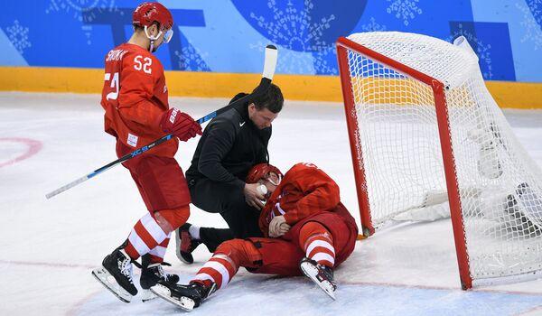 Нападающие сборной России Сергей Широков (слева) и Сергей Калинин