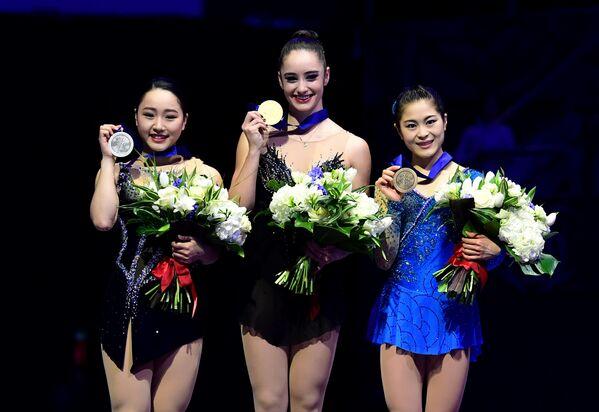 Вакаба Хигучи, Кейтлин Осмонд и Сатоко Мияхара (слева направо)