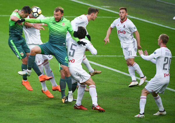 Игровой момент матча 27-го тура РФПЛ Локомотив - Уфа
