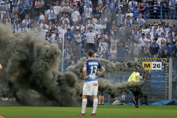 Беспорядки на матче Лех - Легия