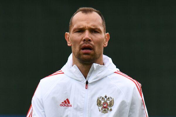 Защитник сборной России по футболу Сергей Игнашевич