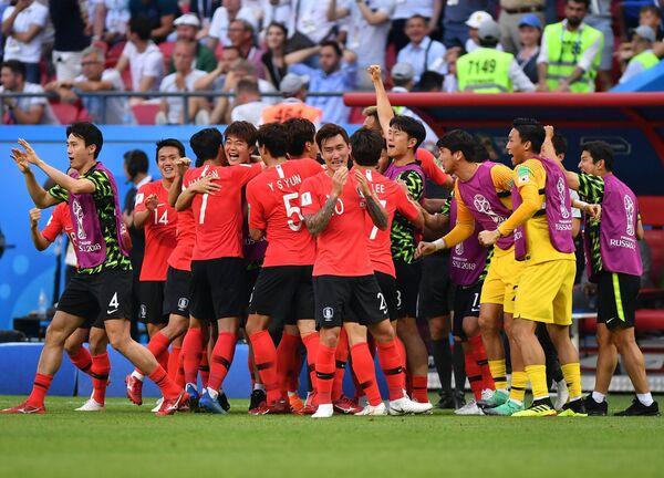 Футболисты сборной Республики Корея