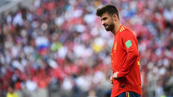 Жерар Пике в матче 1/8 финала чемпионата мира по футболу между сборными Испании и России.