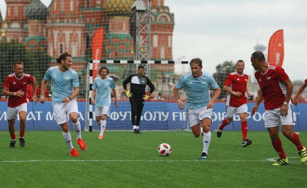 Выставочный матч легенд ФИФА