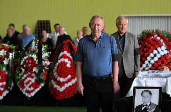 Прощание с футболистом А. Парамоновым