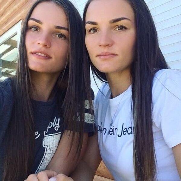 Ирина (слева) и Елена Кручинкины