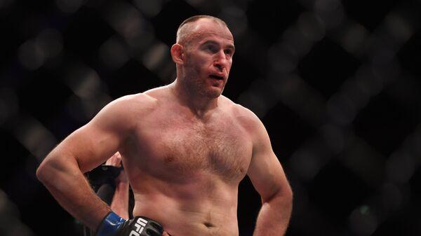Отомстить за плевок: Олейник готов наказать американца на новом шоу UFC