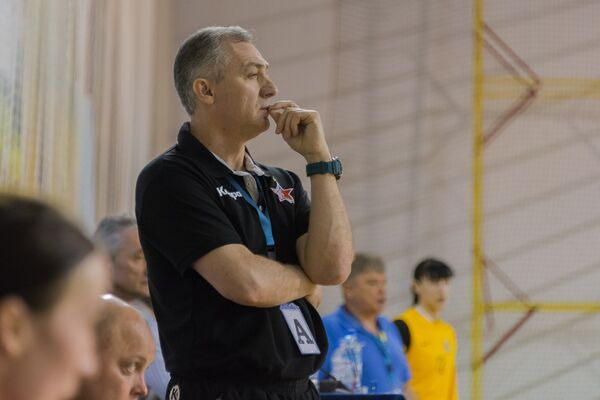 Главный тренер ЖГК Звезда Алексей Гумянов