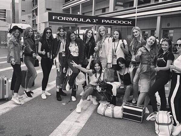 Команда российских девушек на Формуле-1