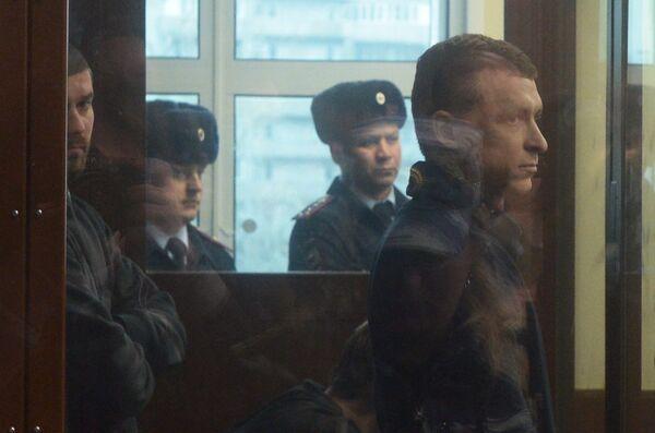 Павел Мамаев (справа)