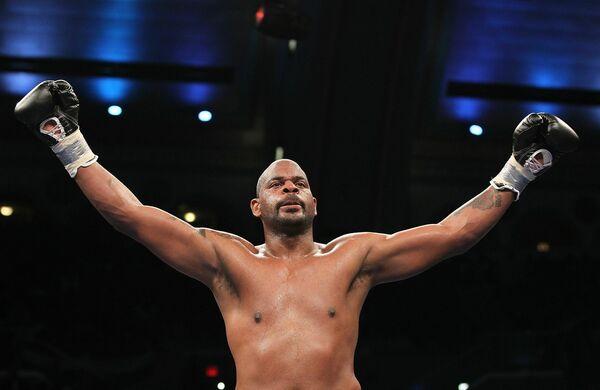 Американский боксер Тони Томпсон