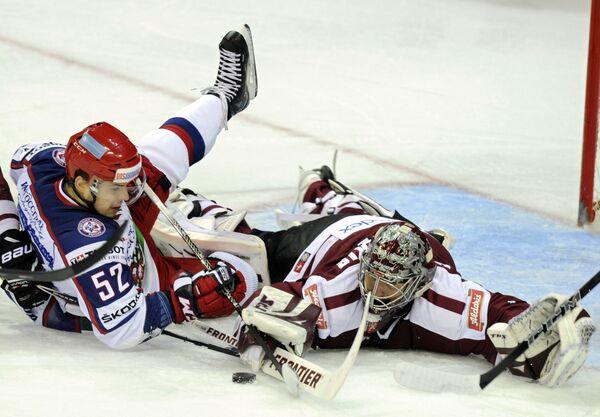 Игровой момент матча Латвия - Россия