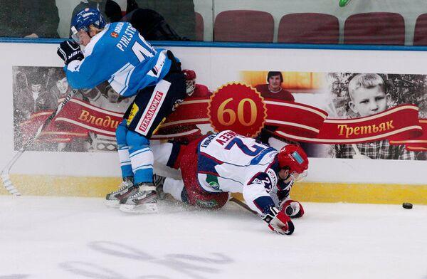 Игрвой момент матча Россия - Финляндия