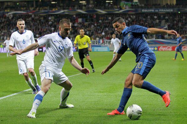 Игровой момент матча Франция - Эстония