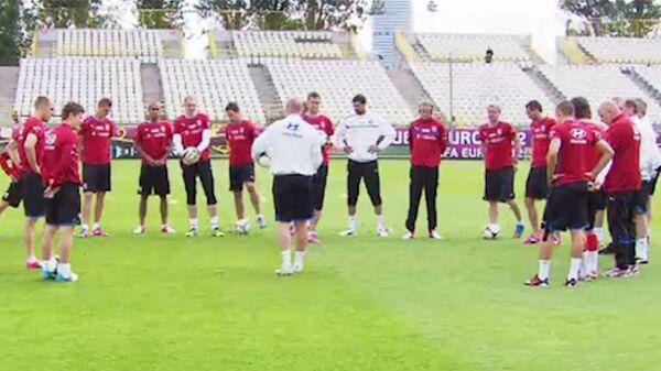 Сборная Чехии по футболу провела первую тренировку перед Евро-2012