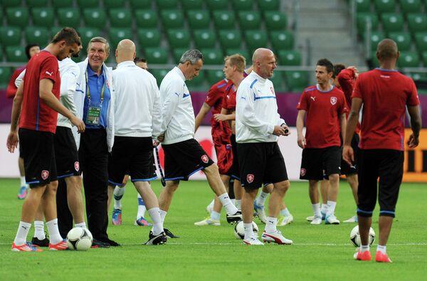 Михал Билек (в центре справа)