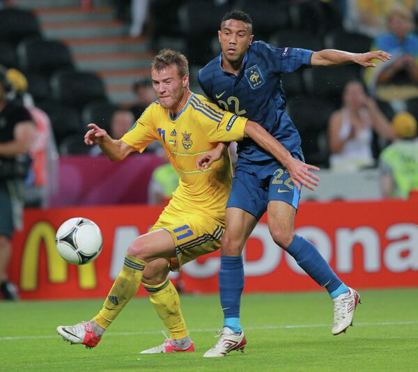 Andriy Yarmolenko (left) and Gael Clichy