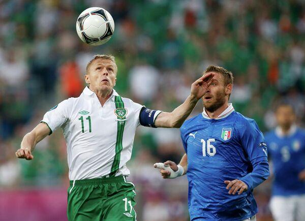Игровой момент матча Италия - Ирландия