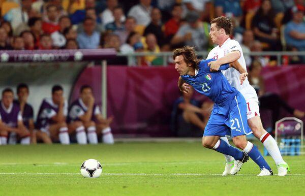 Игровой момент матча сборных Англии и Италии