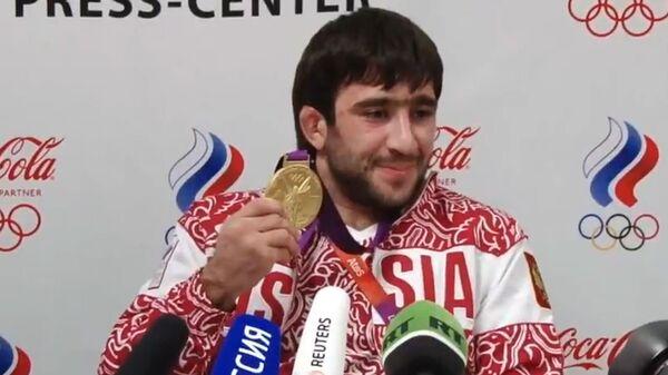 Пресс-конференция Олимпийского чемпиона по дзюдо Мансура Исаева