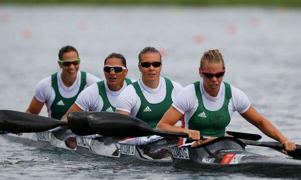 Гребцы женской сборной Венгрии