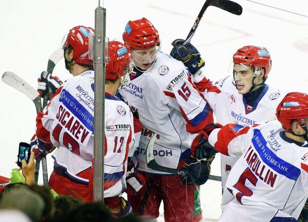 Хоккеисты молодежной сборной Россиии